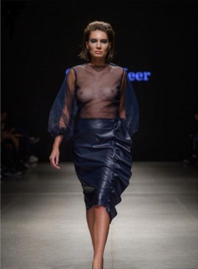 Бренд Selina Keer. Элга стилист коллекции, участвует в организации показа.